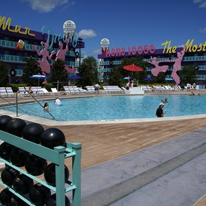 7 of 16: Disney's Pop Century Resort - 50s buildings and grounds