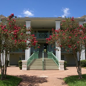 3 of 28: Disney's Port Orleans Resort Riverside - Magnolia Bend grounds and buildings