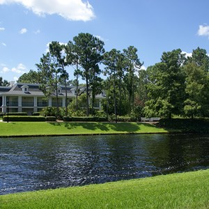 25 of 28: Disney's Port Orleans Resort Riverside - Magnolia Bend grounds and buildings