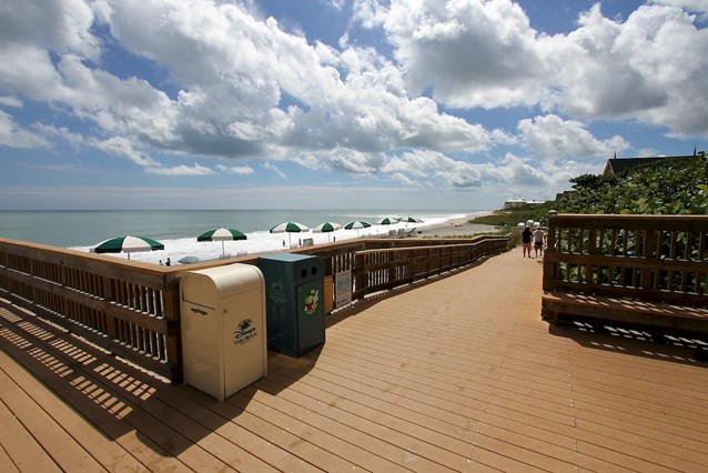 Disney's Vero Beach Resort - Ramp down to the beach