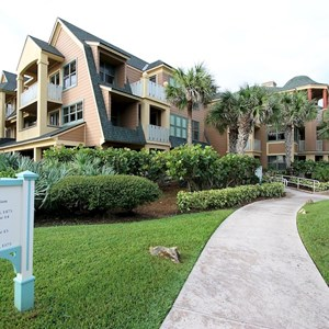 31 of 34: Disney's Vero Beach Resort - Buildings, Beach, Grounds and Pool