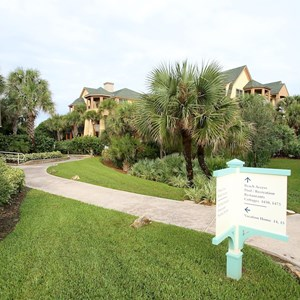 33 of 34: Disney's Vero Beach Resort - Buildings, Beach, Grounds and Pool