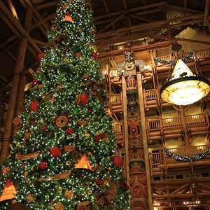 7 of 14: Disney's Wilderness Lodge Resort - Wilderness Lodge Resort holiday decorations 2009