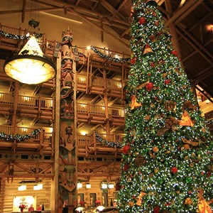 9 of 14: Disney's Wilderness Lodge Resort - Wilderness Lodge Resort holiday decorations 2009