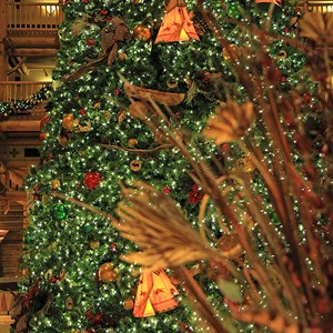 10 of 14: Disney's Wilderness Lodge Resort - Wilderness Lodge Resort holiday decorations 2009
