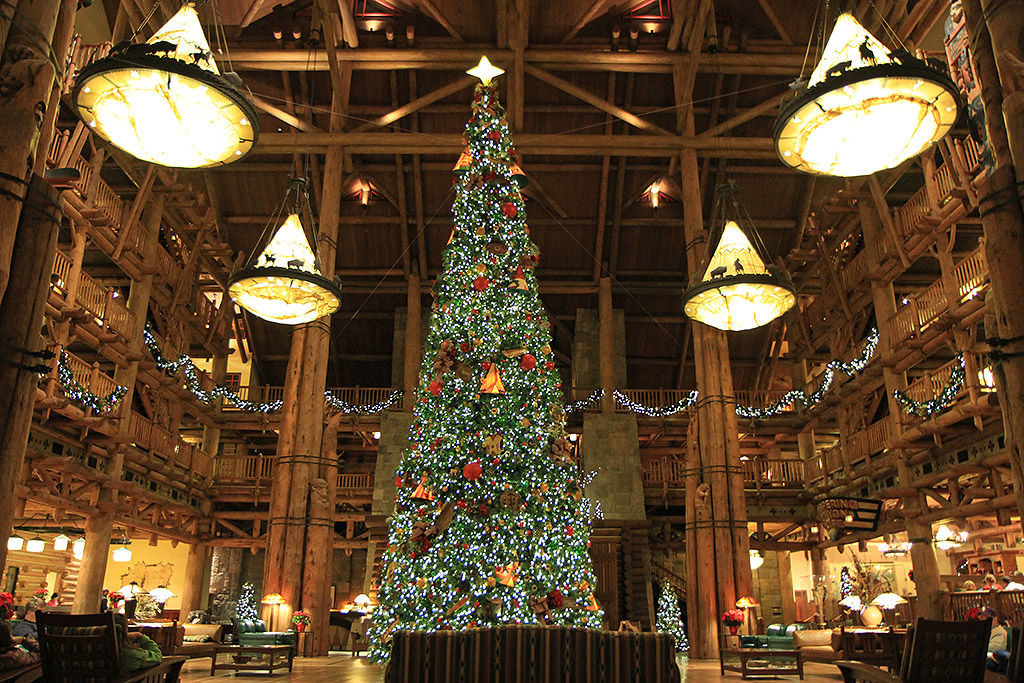 Wilderness lodge resort holiday decorations 2009 photo 1 for Cabins at wilderness lodge