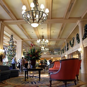 6 of 24: Disney's Yacht Club Resort - Yacht Club Resort holiday decorations 2009