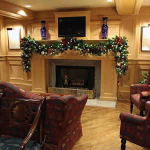 7 of 24: Disney's Yacht Club Resort - Yacht Club Resort holiday decorations 2009