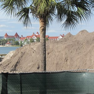 4 of 7: Disney's Polynesian Villas and Bungalows - Polynesian Resort DVC ground clearing around Sunset Pointe