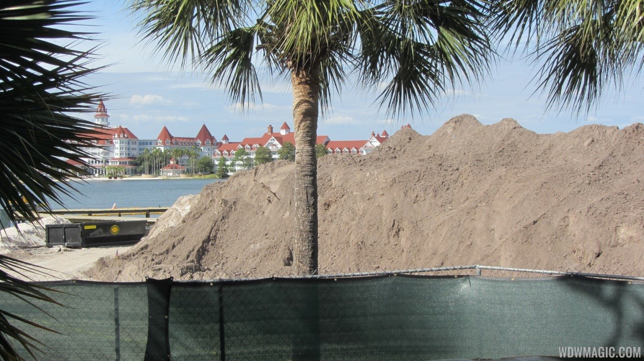Polynesian Resort DVC ground clearing around Sunset Pointe