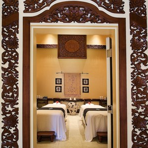 3 of 6: Walt Disney World Dolphin Resort - Mandara Spa