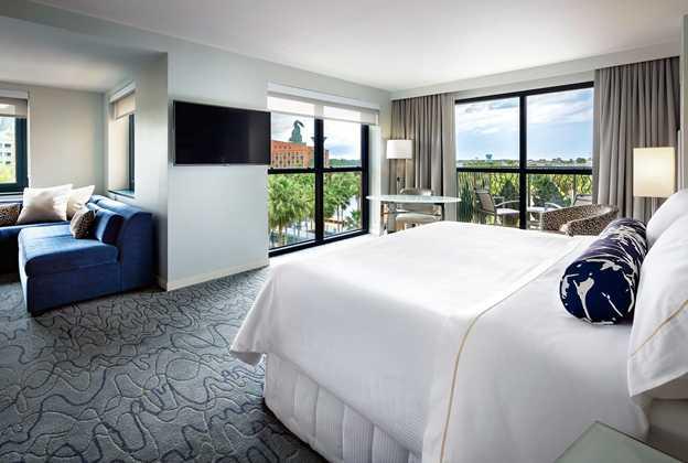 Walt Disney World Swan rooms