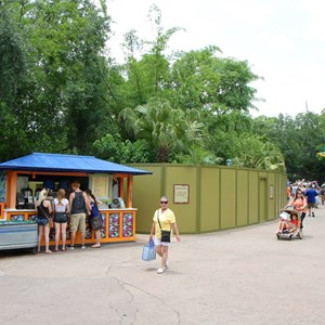 2 of 4: Disney Outfitters - Disney Outfitters construction walls