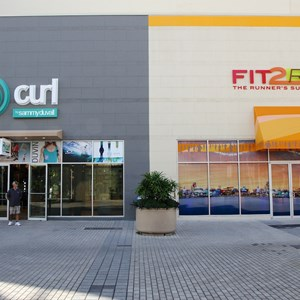 1 of 3: Fit2Run - Fit2Run store-front signage