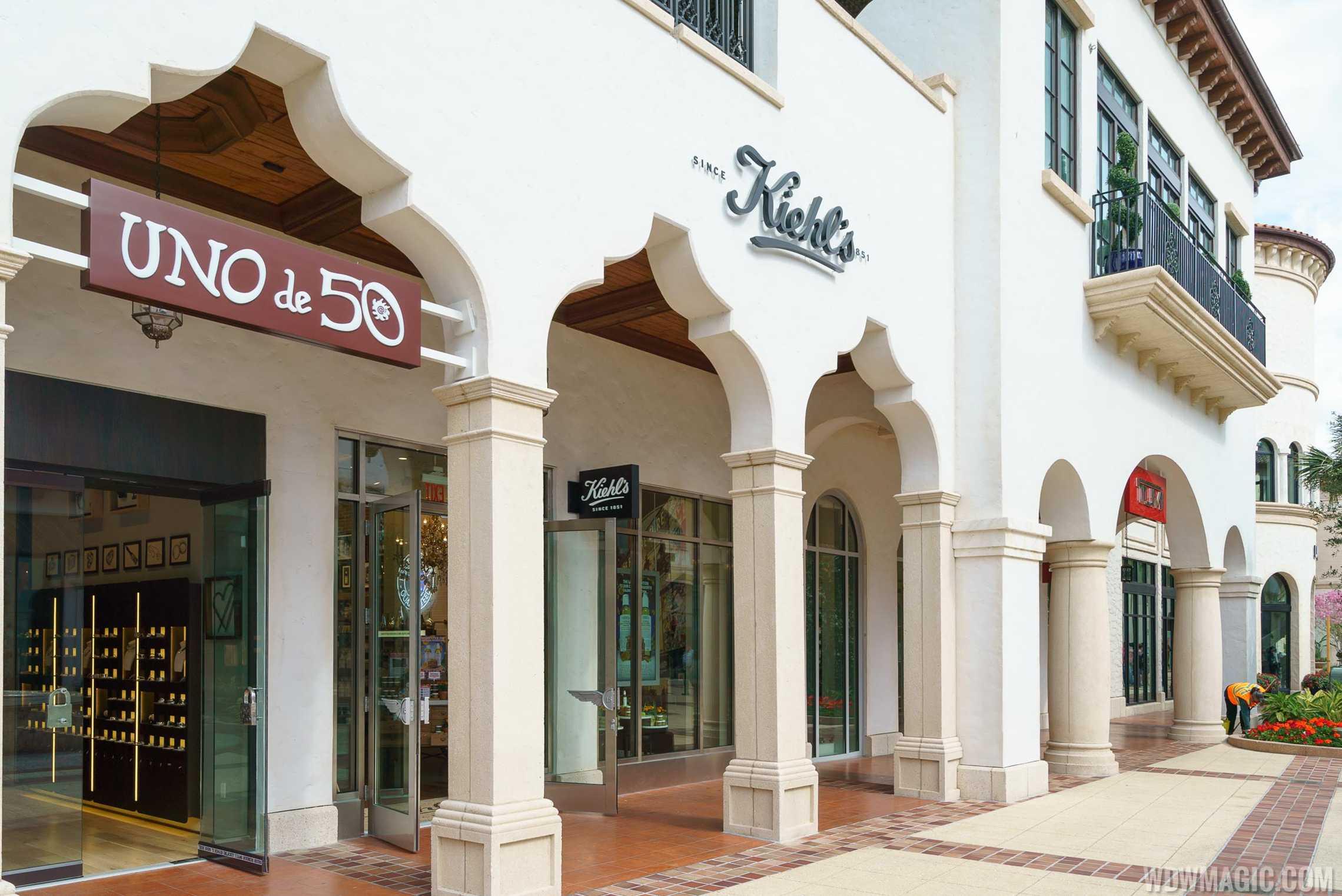Kheil's store front