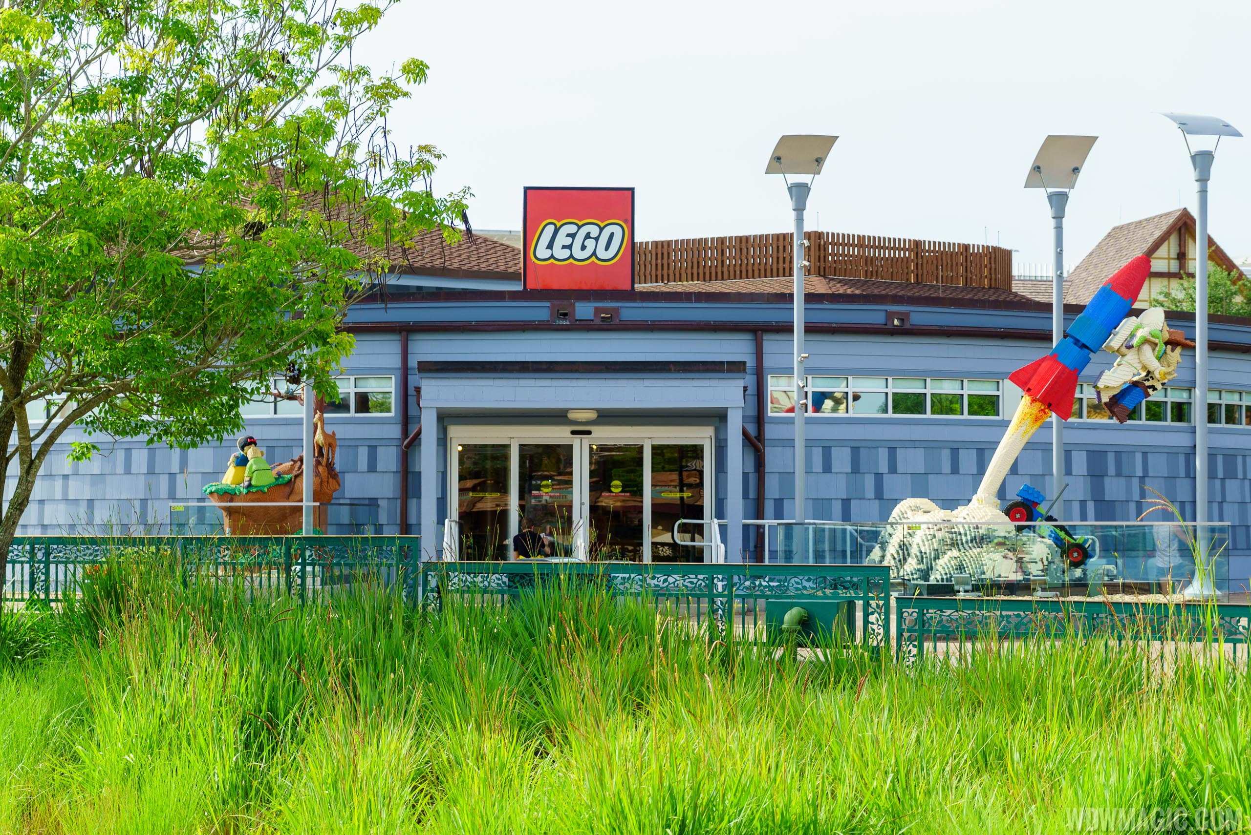 Lego Full House Photos New Look For The Lego Store At Disney Springs