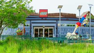 PHOTOS - New look for the LEGO Store at Disney Springs
