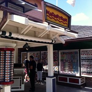 1 of 1: Magnetron - Magnetron Kiosk