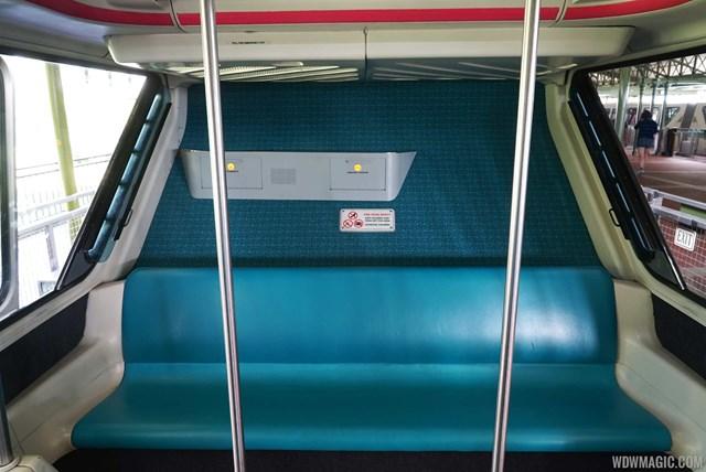 [Walt Disney World Resort] Transportation System - Services de transport - Page 4 Monorail_Full_23414