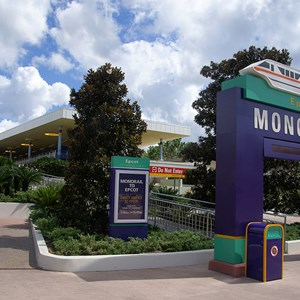 2 of 4: Walt Disney World Monorail System - The Epcot Line side of the TTC Station