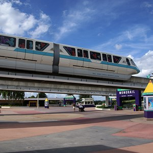 1 of 9: Walt Disney World Monorail System - The front of Monorail Teal entering the TTC
