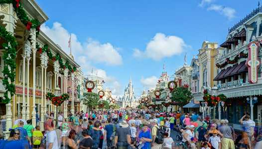 Get your free Walt Disney World vacation planning DVD