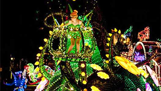 VIDEO - Take a ride through the Magic Kingdom from atop the Main Street Electrical Parade