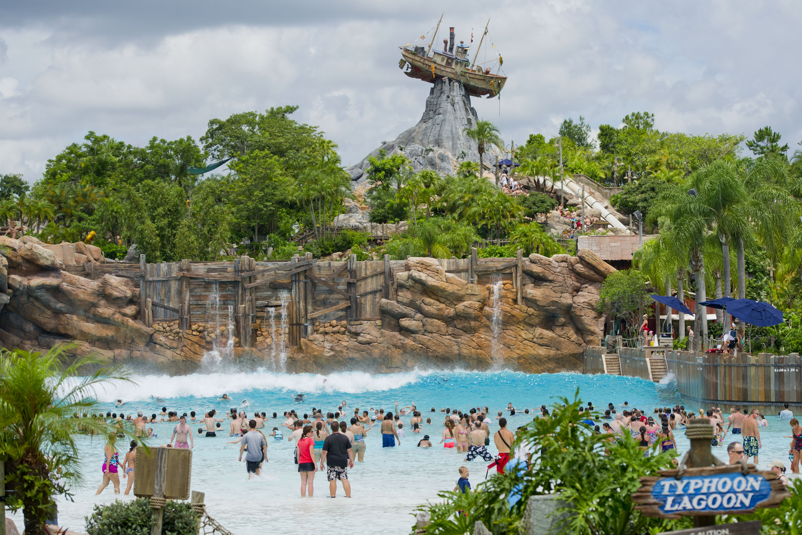 Hotels Near Typhoon Lagoon Orlando Fl