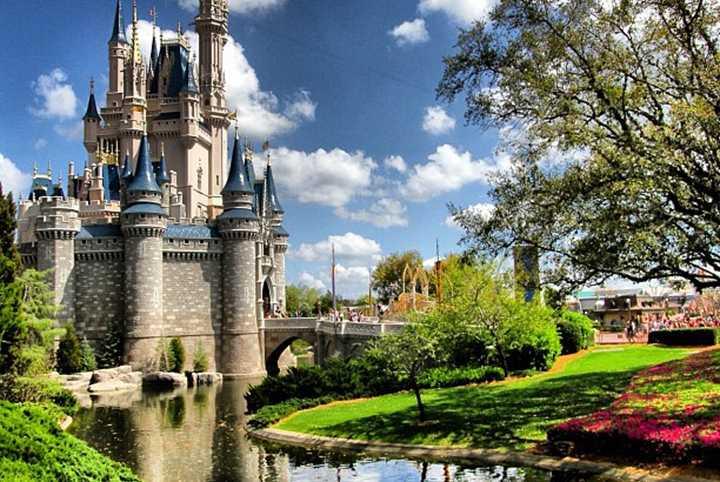 Credit limits raised at Walt Disney World Resort hotels