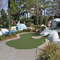 Winter Summerland Mini Golf